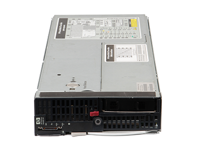 The HPE BL465c Gen7 server blade front of system